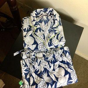 Victoria's Secret pineapple pajamas set. Size xs
